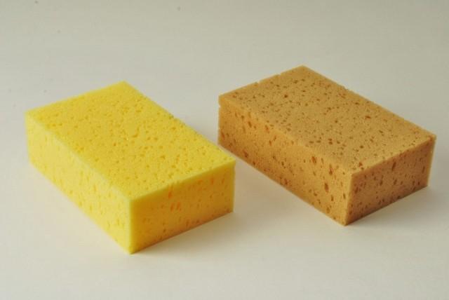 Tafelschwamm klein, 16 X 10 X 5 cm, wahlweise in gelb oder braun