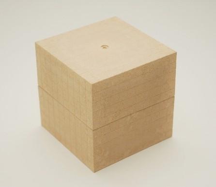 Dienes Tausenerwürfel aus Re-Wood, naturfarben, 1 St.