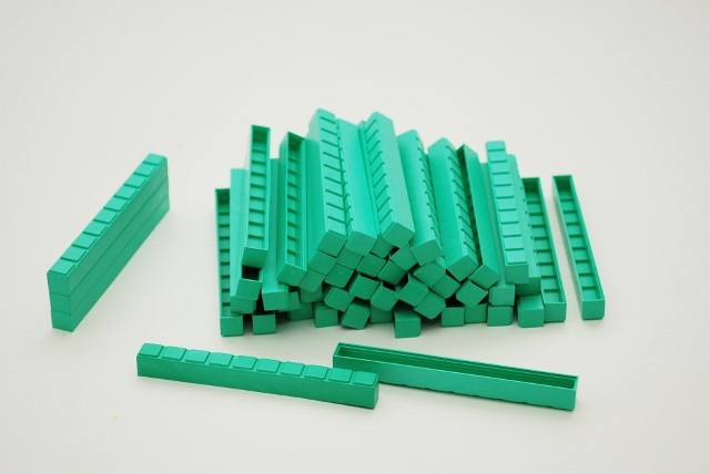 Dienes Zehnerstäbe grün, aus Re-Plastik, 50 Stück