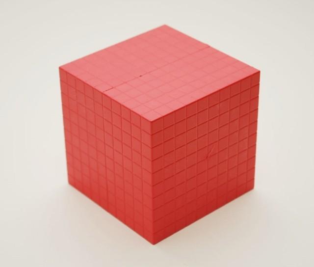 Dienes Tausenderwürfel rot, aus Re-Plastik, 1 Stück